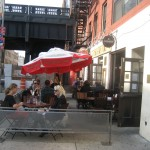 NEW YORK/DINING: HALF KING BAR & RESTAURANT